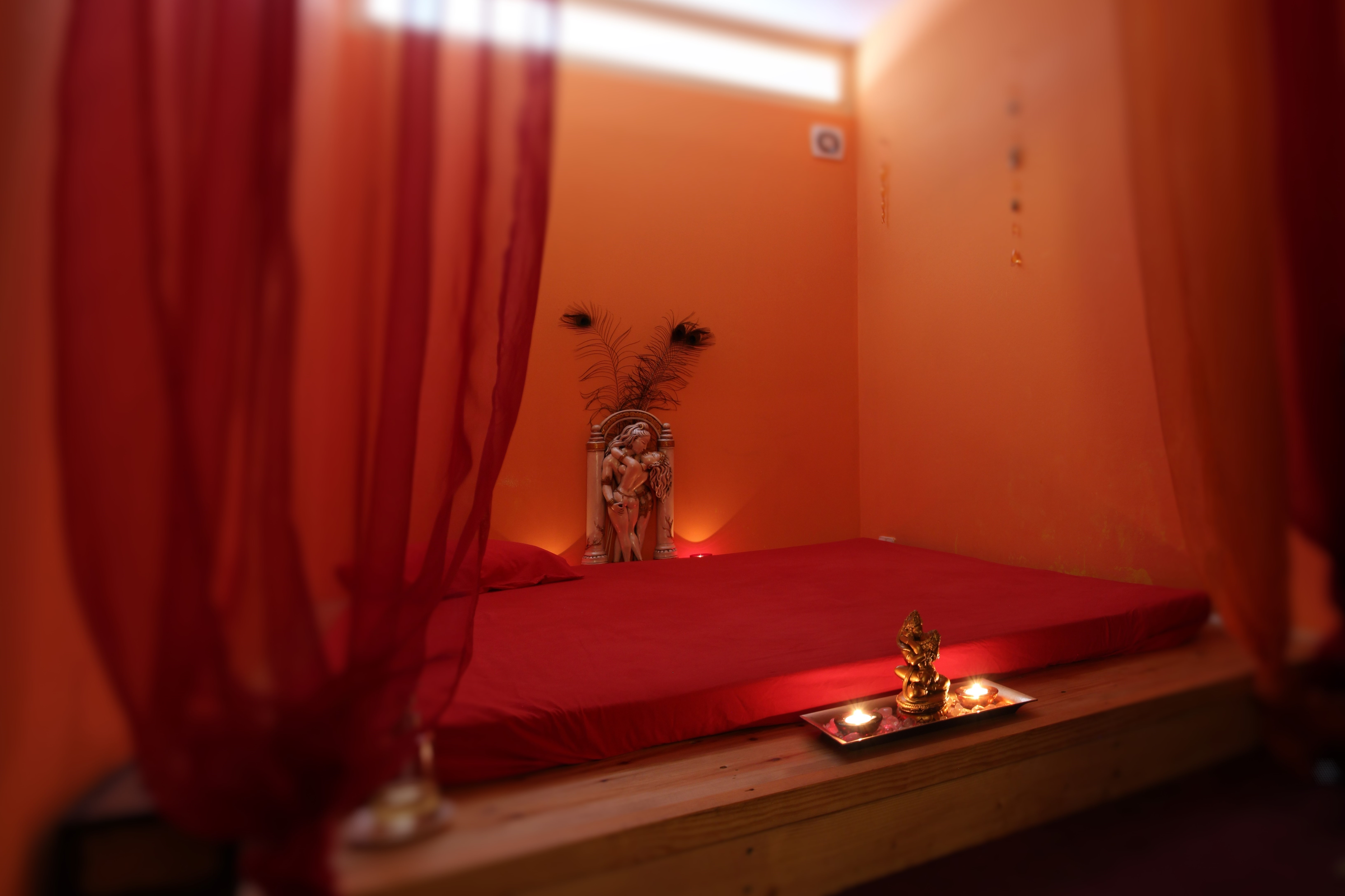 """Shiva"" tantra massage room"
